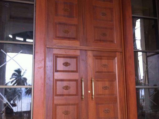 Puerta Corte Constitucional de Gabón